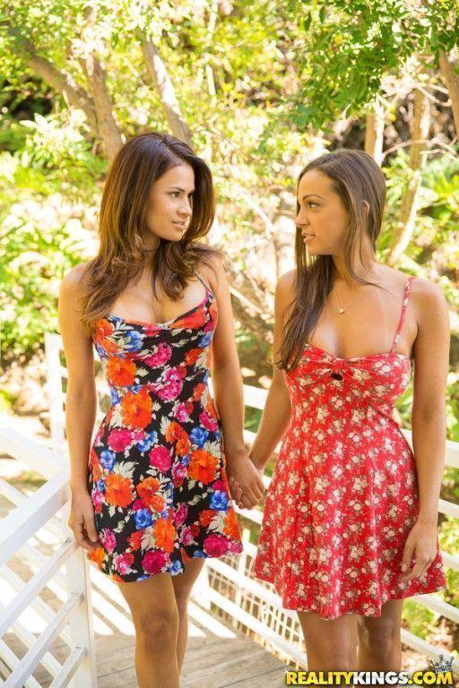 fotos de duas lesbicas gostosas novinhas b52e314fcc712fd684544ca18f0938bd - Fotos de duas lésbicas gostosas novinhas