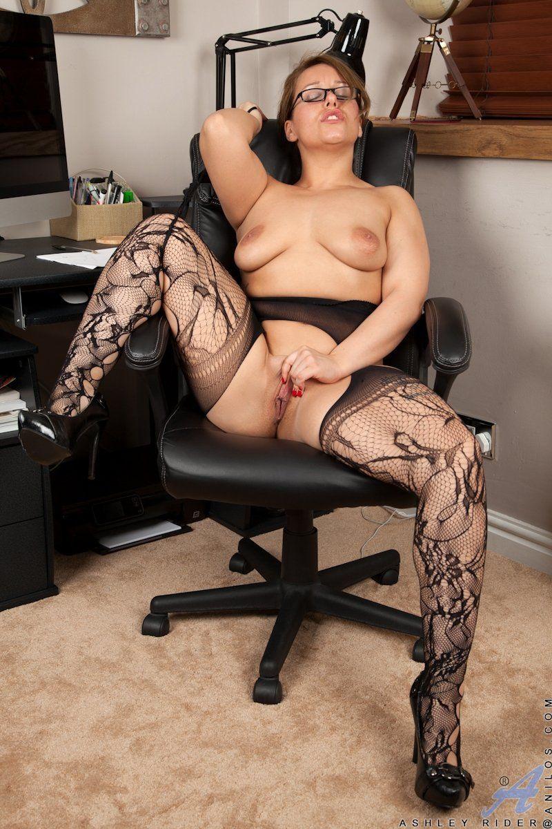 fotos de uma secretaria gostosa pelada 3fd2ae4c734a6ec108137cfedd94d629 - Fotos de uma secretária gostosa pelada