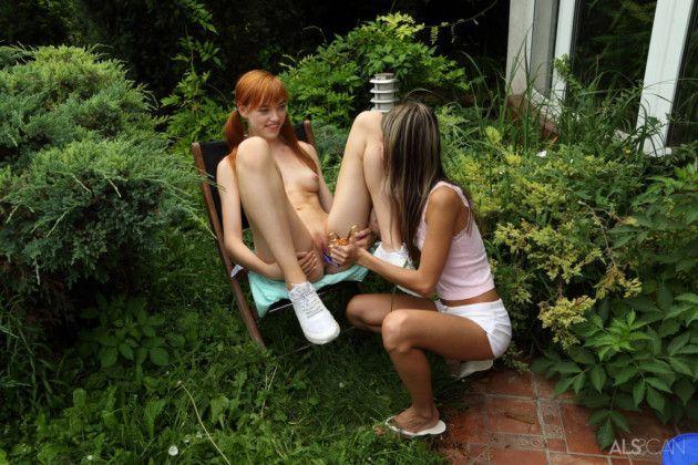 ruiva lesbica brincando com sua amiga novinha e7d7bb2c64530c1d0437299f2bd80afd - Ruiva lésbica brincando com sua amiga novinha