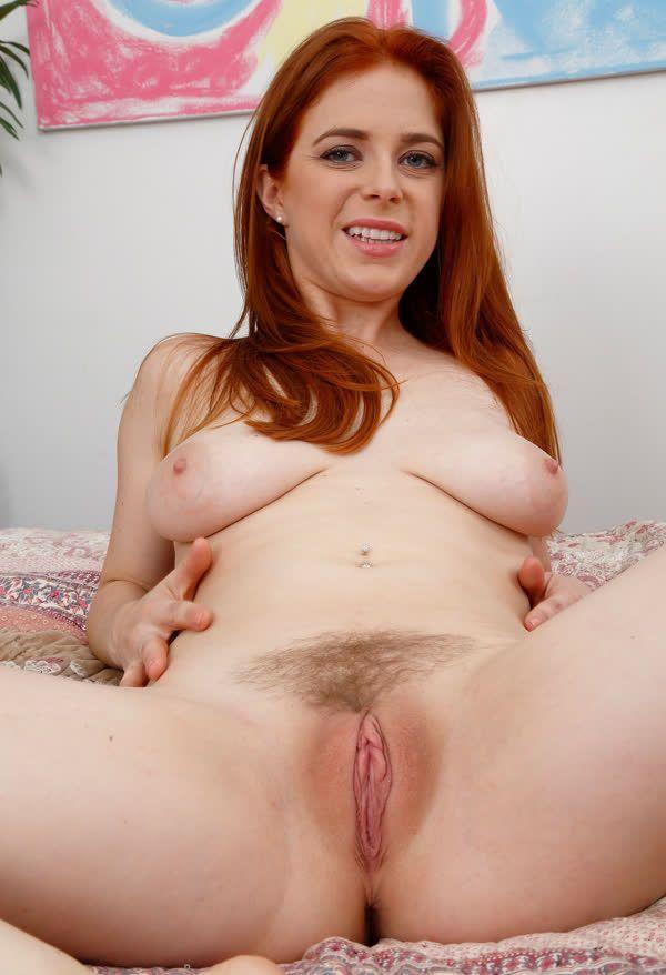 fotos de mulheres gostosas peladas exibindo suas xoxotas gostosas 6 - Fotos de mulheres gostosas peladas exibindo suas xoxotas gostosas