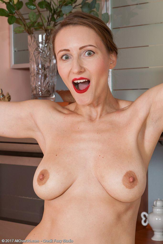 fotos pelada da dona de casa na cozinha 11 - Fotos pelada da Dona de casa na cozinha