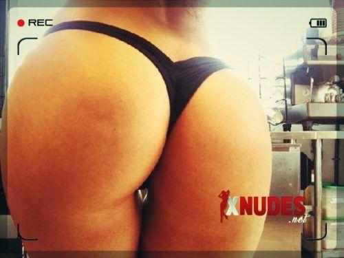 foto de mulher pelada bundas nuas gostosas xnudes 16 500x375 - Melhores Fotos de bunda de mulher pelada com bundas gostosas