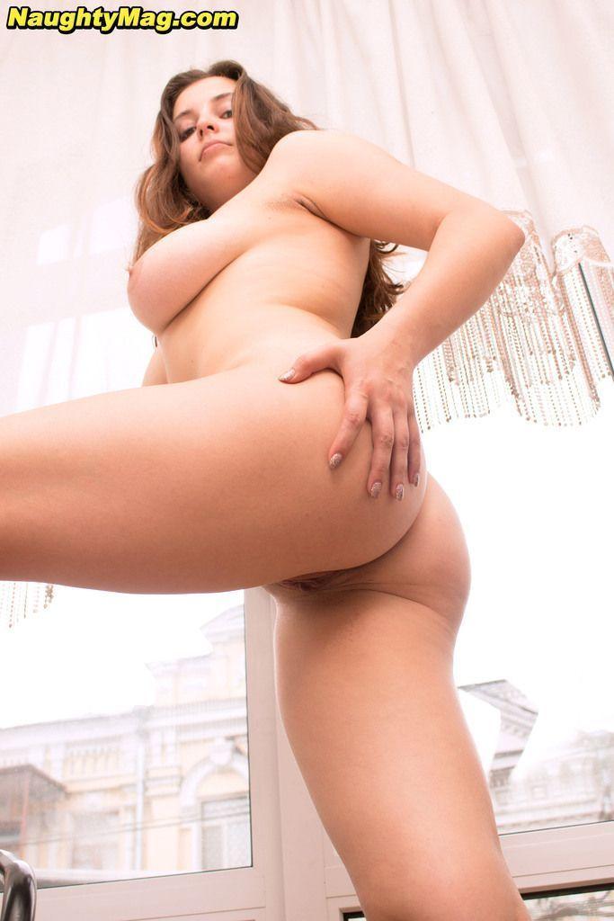 fotos de novinha peituda pelada mostrando as tetinhas e a buceta lisa 16 - Fotos de novinha peituda pelada mostrando as tetinhas e a buceta lisa