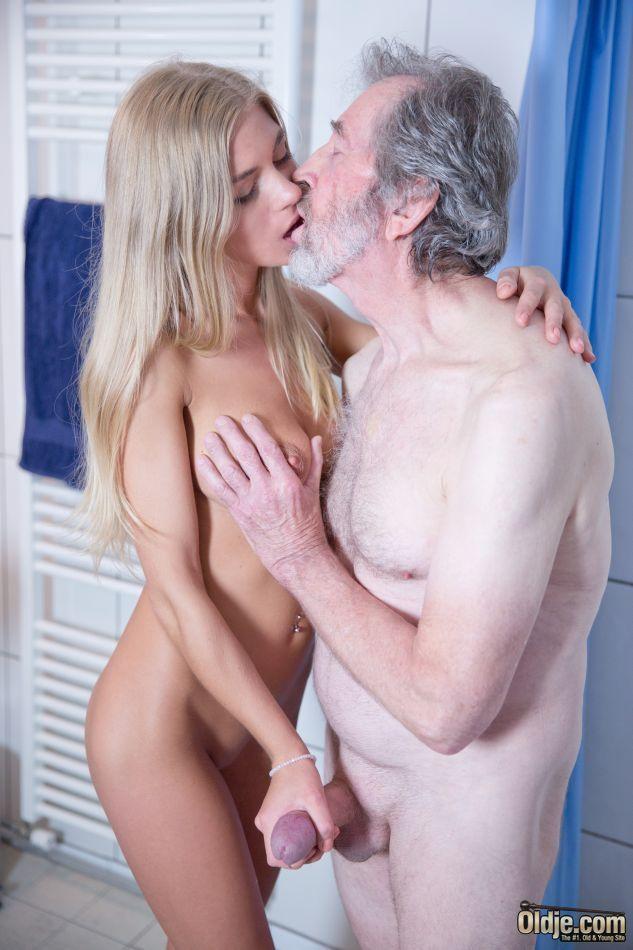 fotos de porn incesto com pai comendo filha gostosa 3 - Fotos de pornô incesto com pai comendo filha gostosa