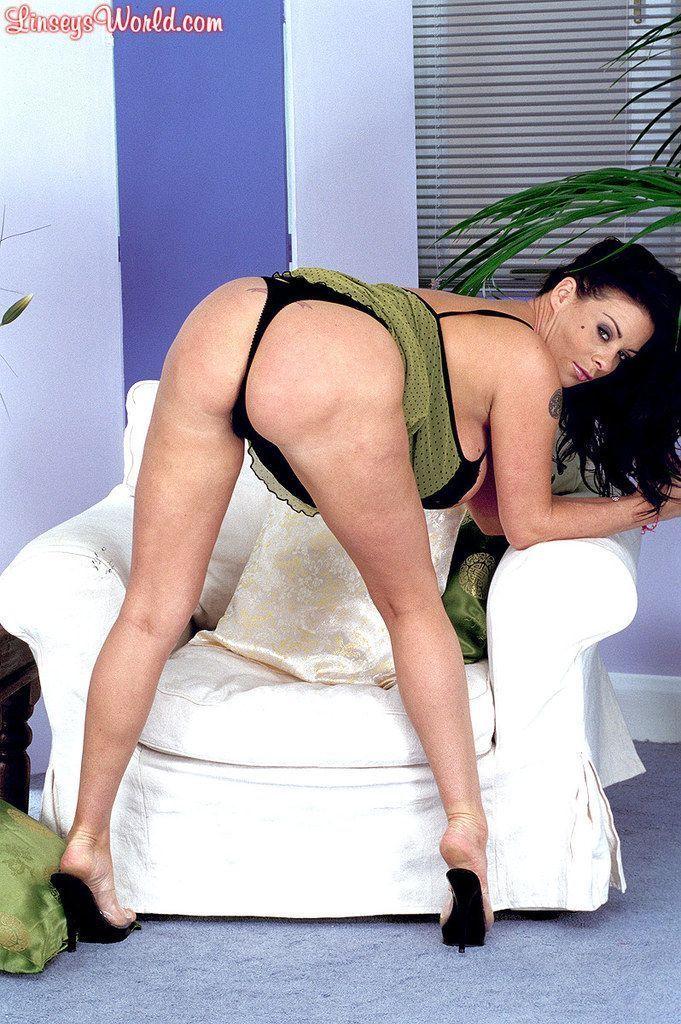 ver fotos gratis de mulher peituda masturbando a buceta gostosa 2 - Ver fotos grátis de mulher peituda masturbando a buceta gostosa