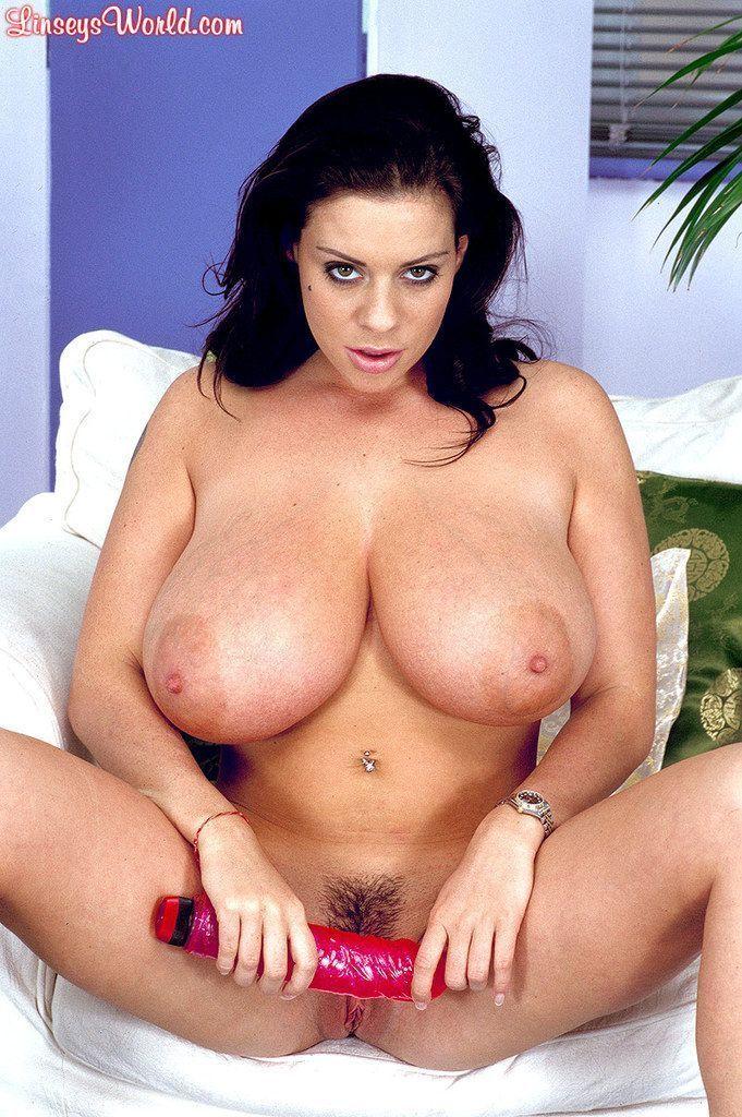 ver fotos gratis de mulher peituda masturbando a buceta gostosa 7 - Ver fotos grátis de mulher peituda masturbando a buceta gostosa