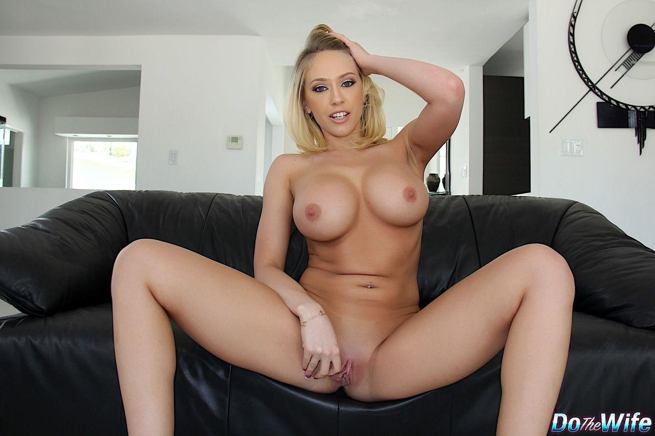 mulher pelada peituda em fotos eroticas mostrando as tetas e a buceta raspadinha 11 - Mulher pelada peituda em fotos eróticas mostrando as tetas e a buceta raspadinha