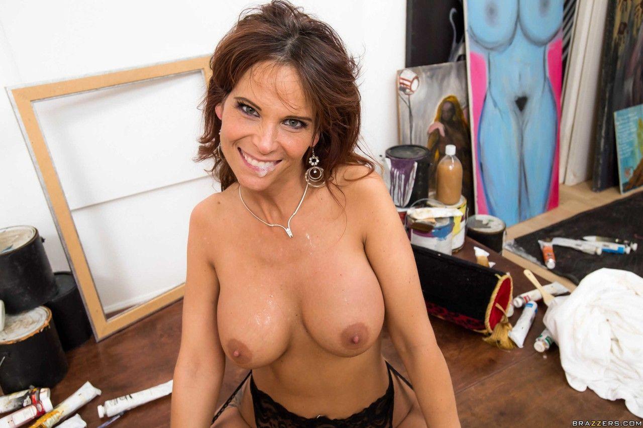 Fotos de coroa rabuda gostosa fazendo sexo anal HD