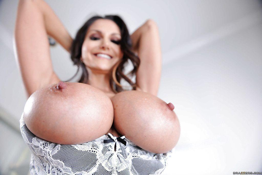 fotos gratuitas de peituda famosa dos filmes de sexo hd 5 - Fotos gratuitas de peituda famosa dos filmes de sexo HD
