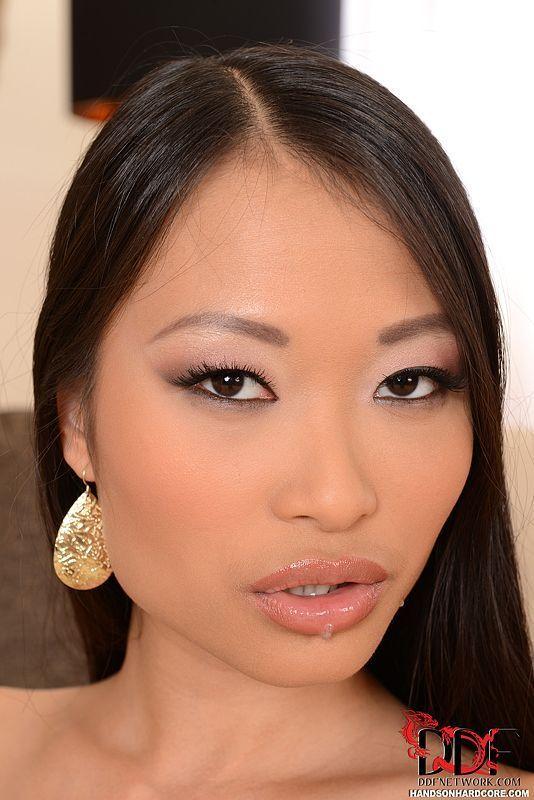 fotos de anal forte com mulher asiatica gostosa demais 16 - Fotos de anal forte com mulher asiática gostosa demais