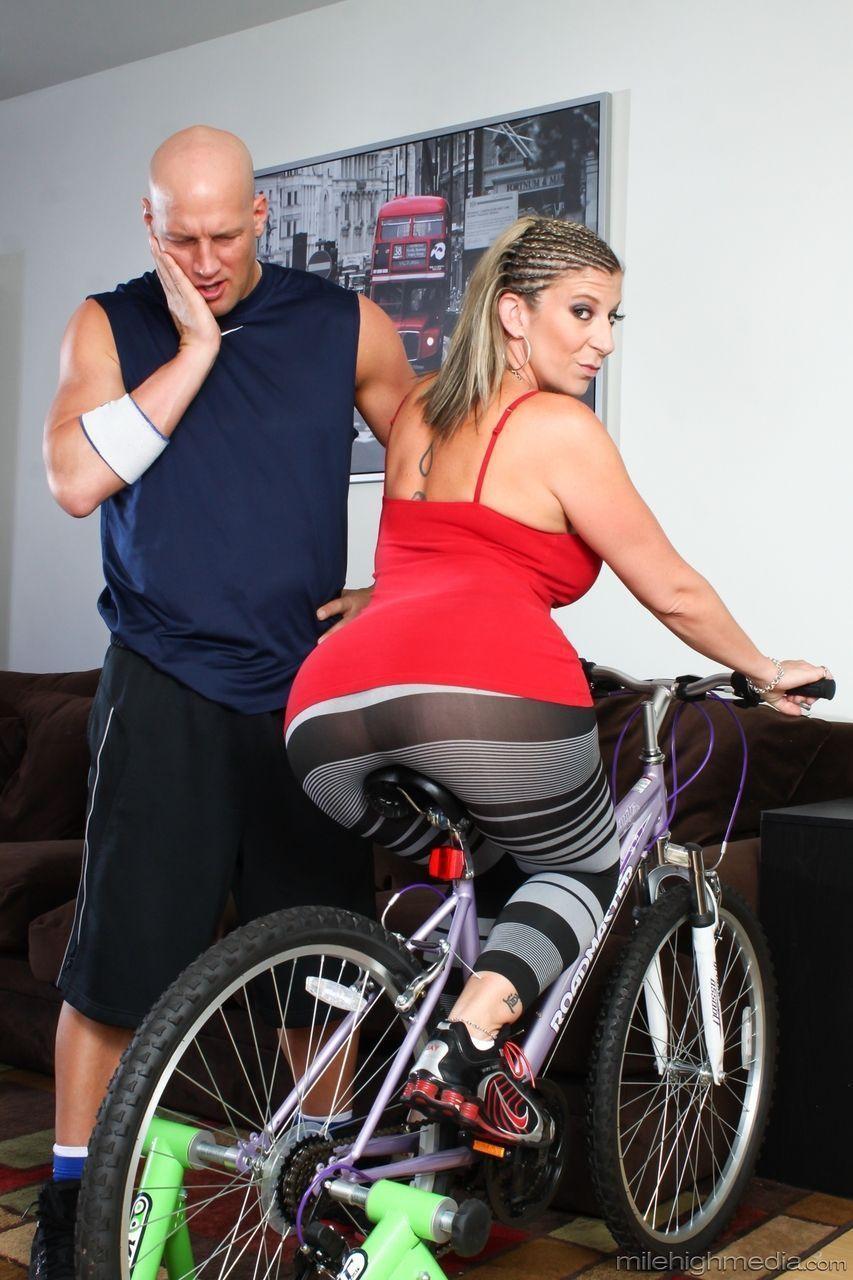 fotos de atriz porn peituda famosa fudendo muito 2 - Fotos de atriz pornô peituda famosa fudendo muito