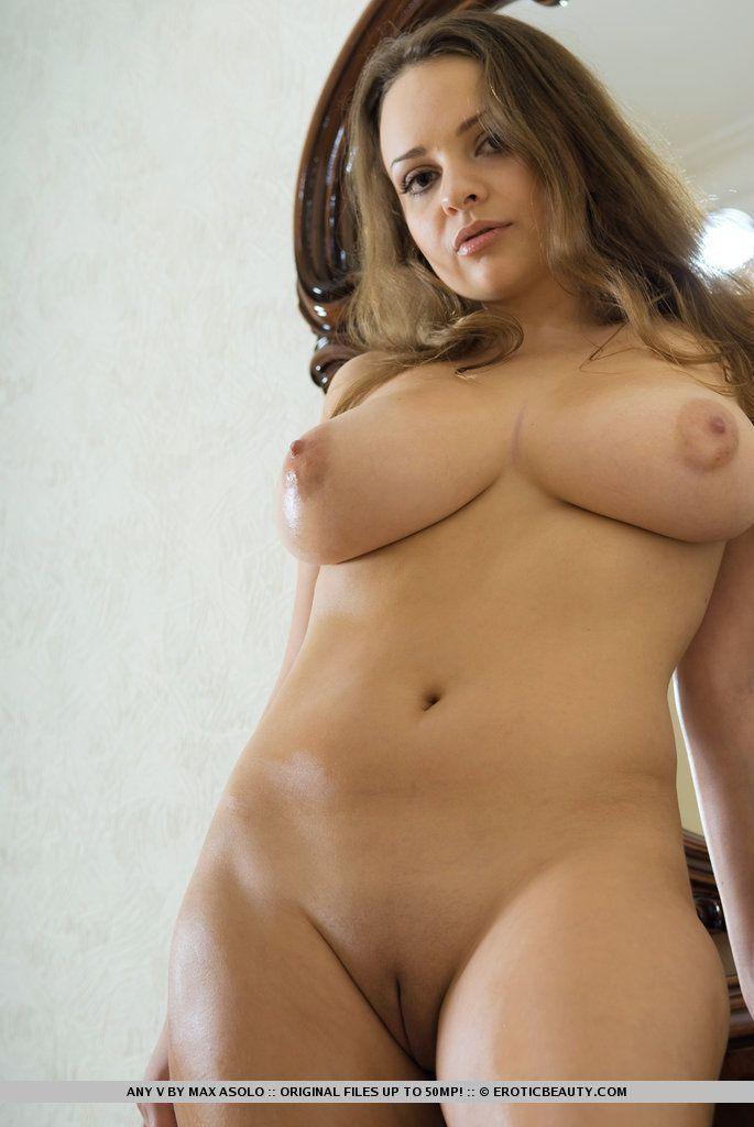 fotos picantes de peitos grandes e buceta lisinha gostosa 8 - Fotos picantes de peitos grandes e buceta lisinha gostosa