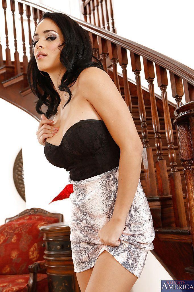 modelo porn em fotos solo se exibindo pelada 3 - Modelo pornô em fotos solo se exibindo pelada