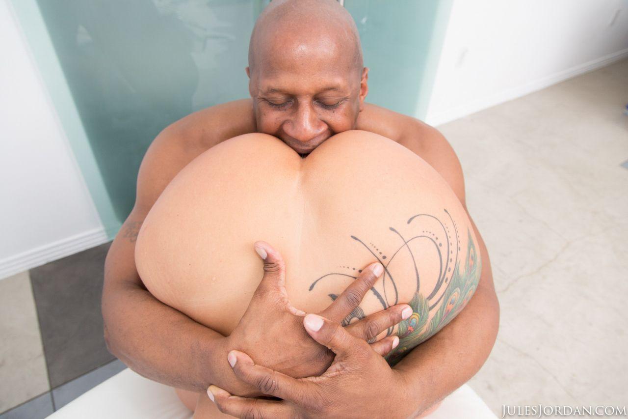 mulher boa de foda em fotos de sexo interracial anal 15 - Mulher boa de foda em fotos de sexo interracial anal
