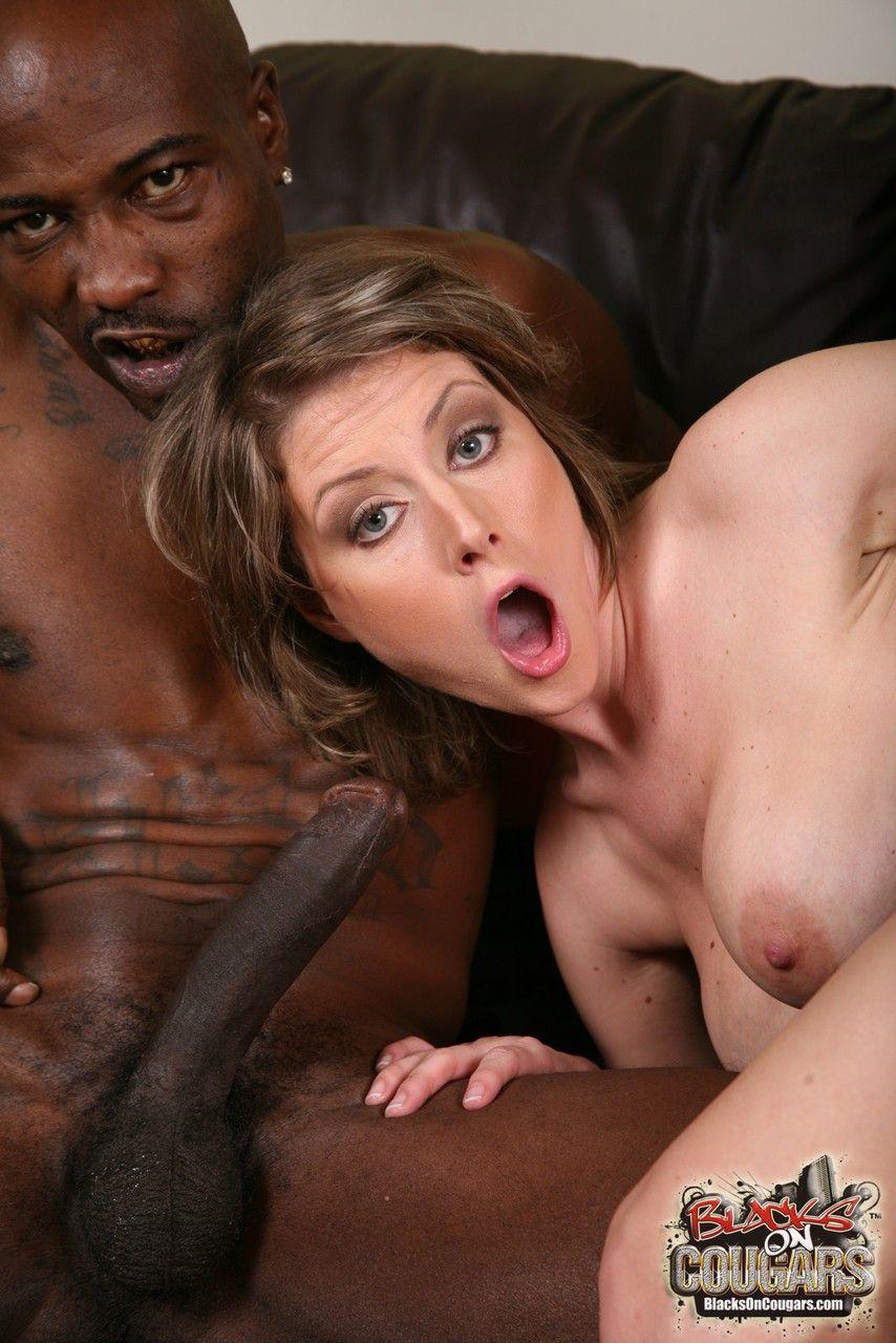 mulher casada realiza fetiche de fazer ensaio sensual com negoes 11 - Mulher casada realiza fetiche de fazer ensaio sensual com negões