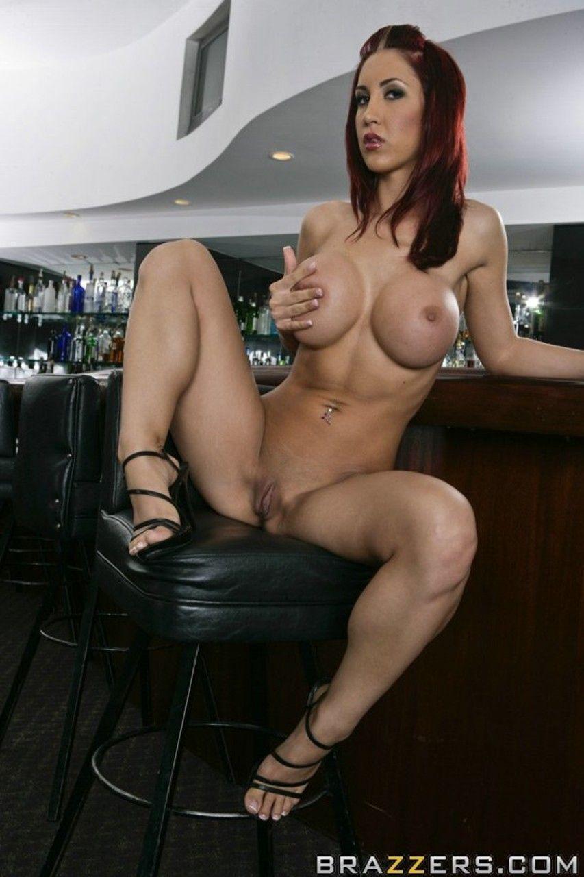 mulher ruiva peituda fazendo ensaio sensual de nudez 10 - Mulher ruiva peituda fazendo ensaio sensual de nudez