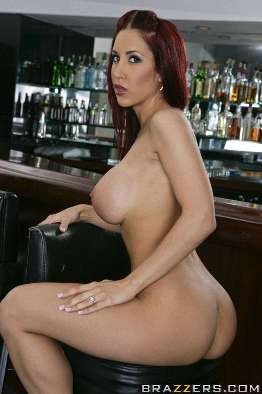 mulher ruiva peituda fazendo ensaio sensual de nudez 11 - Mulher ruiva peituda fazendo ensaio sensual de nudez