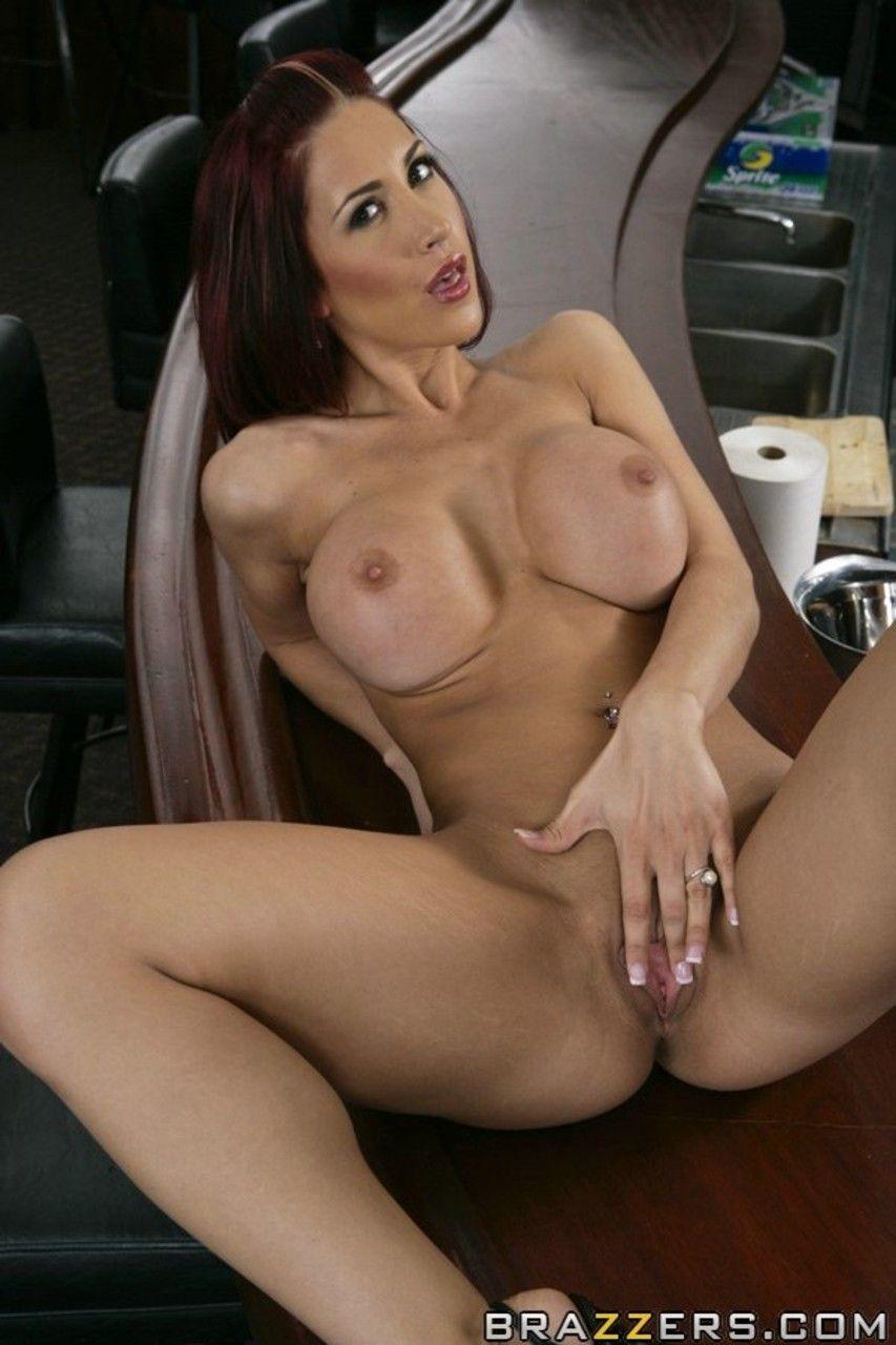 mulher ruiva peituda fazendo ensaio sensual de nudez 18 - Mulher ruiva peituda fazendo ensaio sensual de nudez