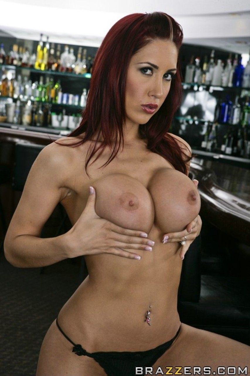 mulher ruiva peituda fazendo ensaio sensual de nudez 8 - Mulher ruiva peituda fazendo ensaio sensual de nudez
