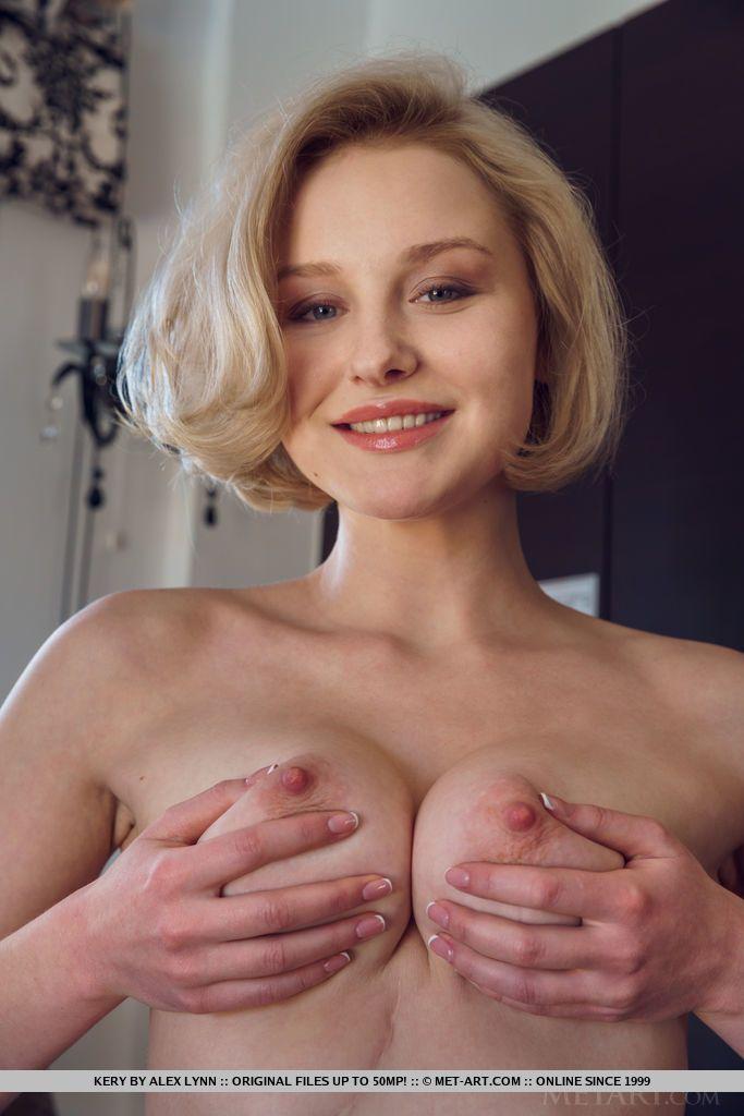 patricinha em fotos de nudez mostrando a xoxotinha raspadinha 18 - Patricinha em fotos de nudez mostrando a xoxotinha raspadinha