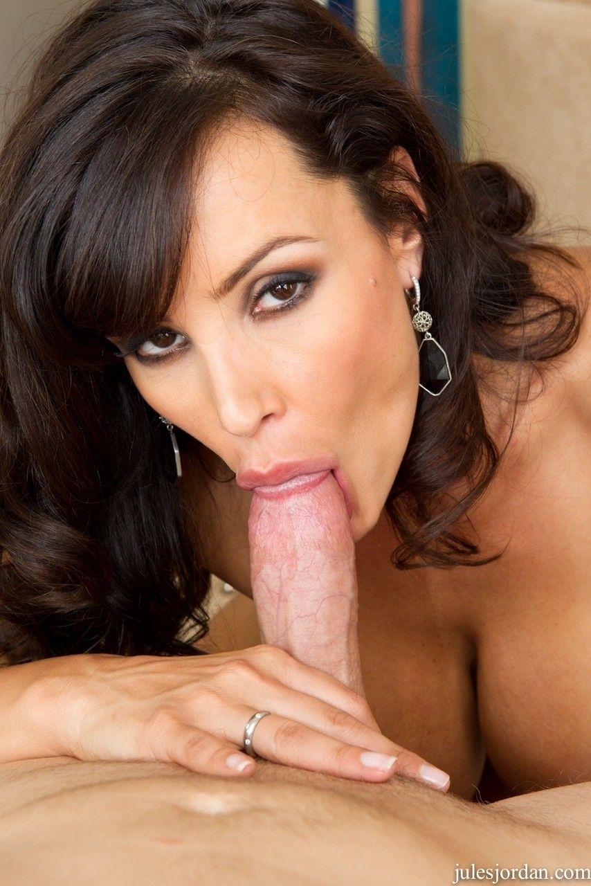 fotos de atriz porn peituda com buceta gostosa fazendo sexo anal 12 - Fotos de atriz pornô peituda com buceta gostosa fazendo sexo anal