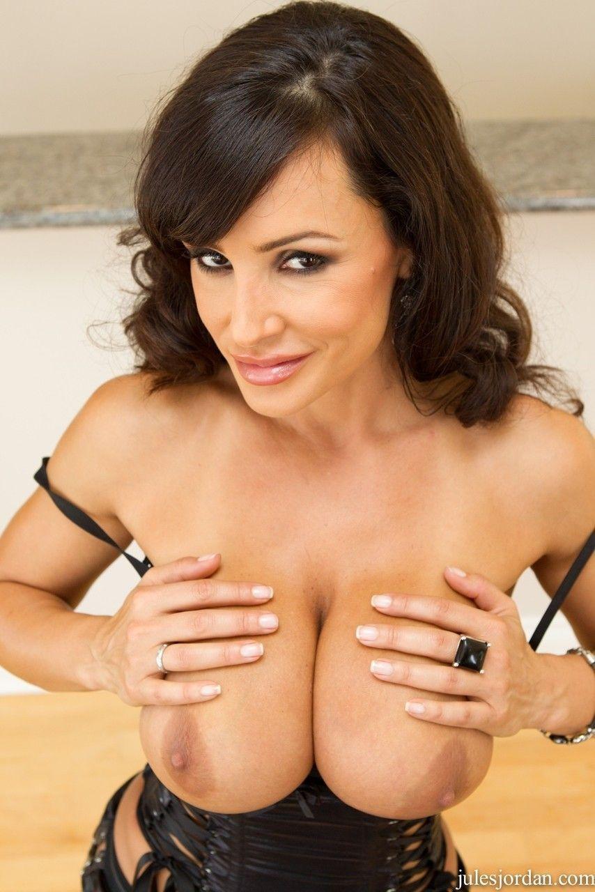 fotos de atriz porn peituda com buceta gostosa fazendo sexo anal 2 - Fotos de atriz pornô peituda com buceta gostosa fazendo sexo anal