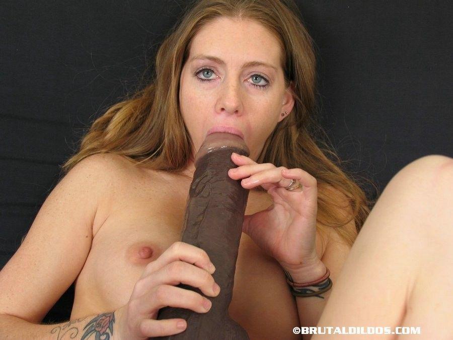 fotos de masturbacao com loirinha fodendo no consolo grande 13 - Fotos de masturbação com loirinha fodendo no consolo grande