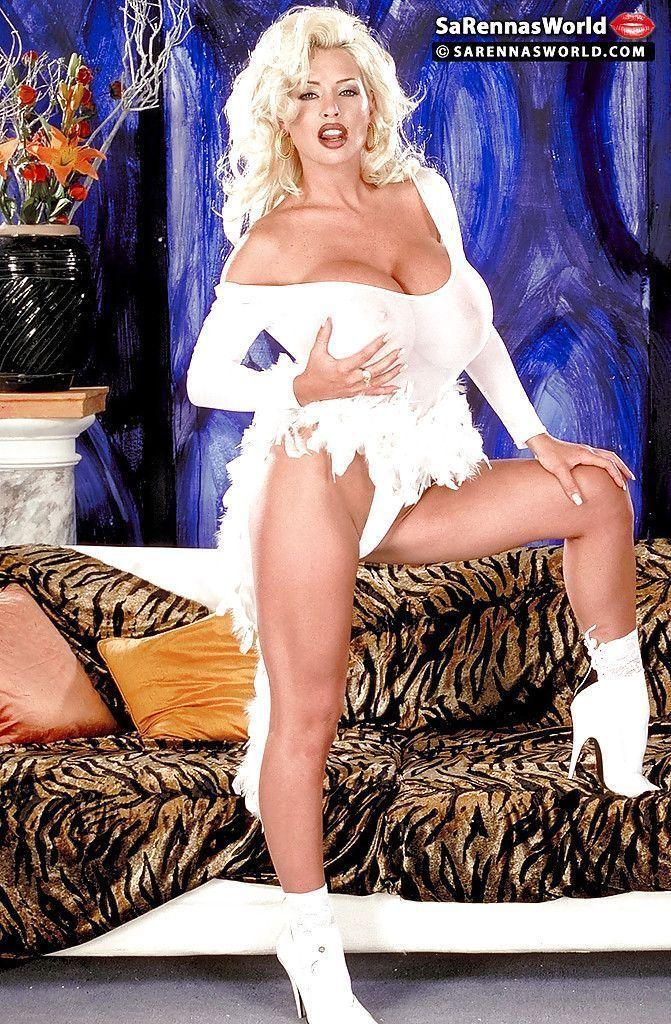 fotos de porno antigo com loira peituda se exibindo pelada 1 - Fotos de porno antigo com loira peituda se exibindo pelada