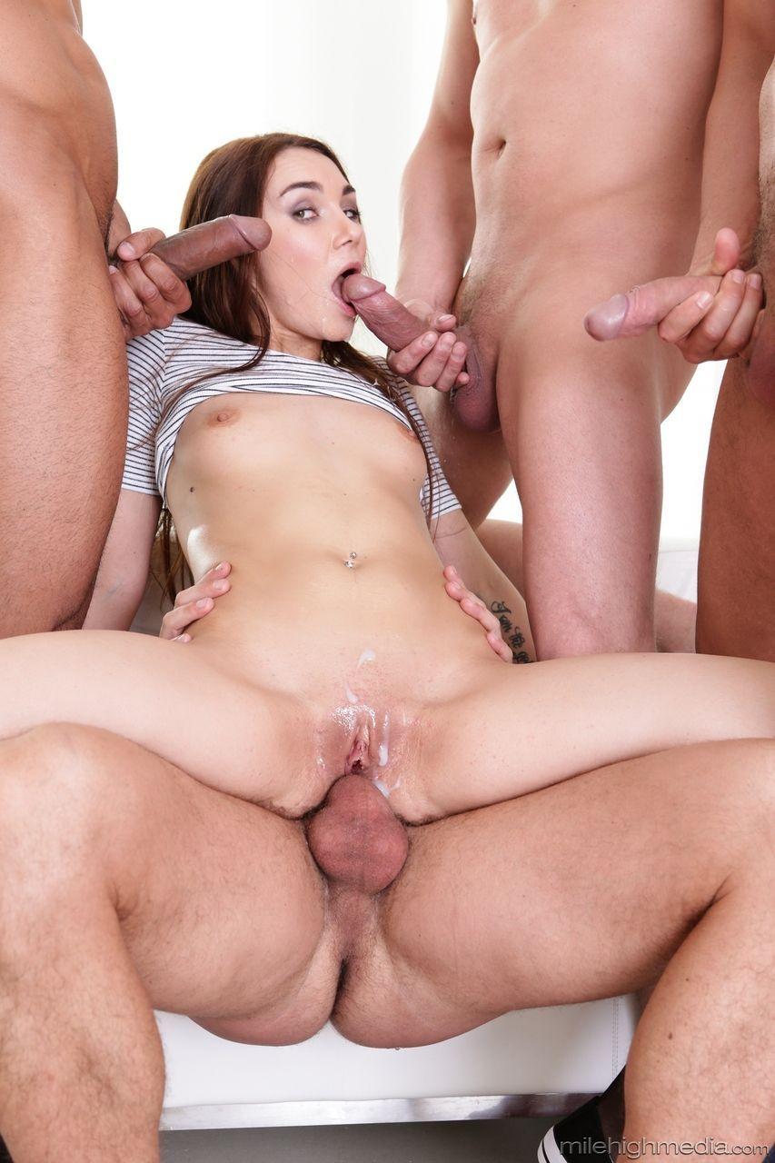 super fotos porn doido com novinha fazendo gangabang 15 - Super fotos pornô doido com novinha fazendo gangabang
