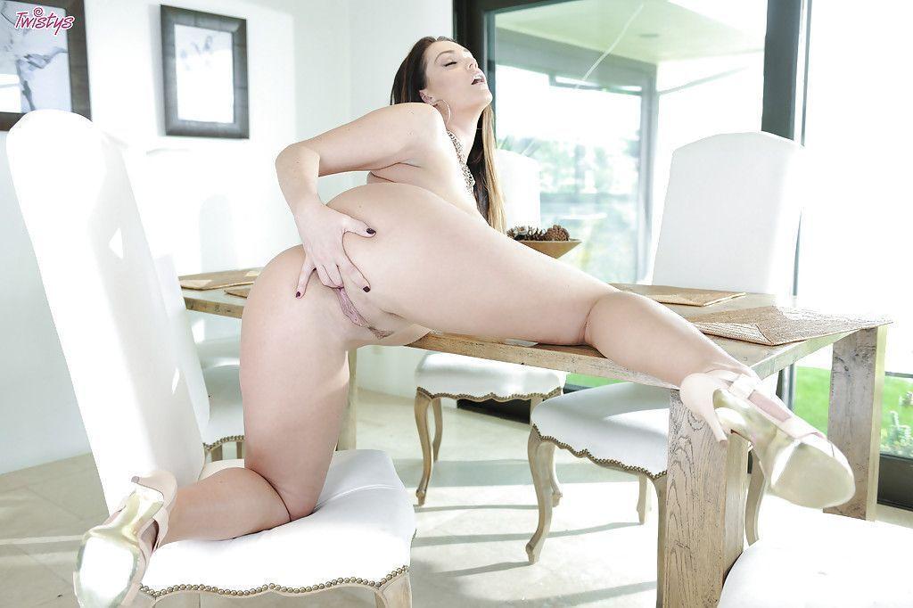 beeg mulher pelada gostosa mostrando os peitoes 13 - Beeg mulher pelada gostosa mostrando os peitões