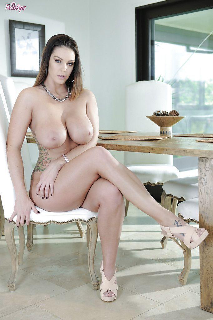 beeg mulher pelada gostosa mostrando os peitoes 7 - Beeg mulher pelada gostosa mostrando os peitões
