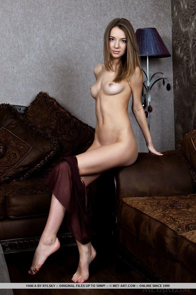 fotos de magrinha sexy se exibindo pelada mostrando a bucetinha 7 - Fotos de magrinha sexy se exibindo pelada mostrando a bucetinha
