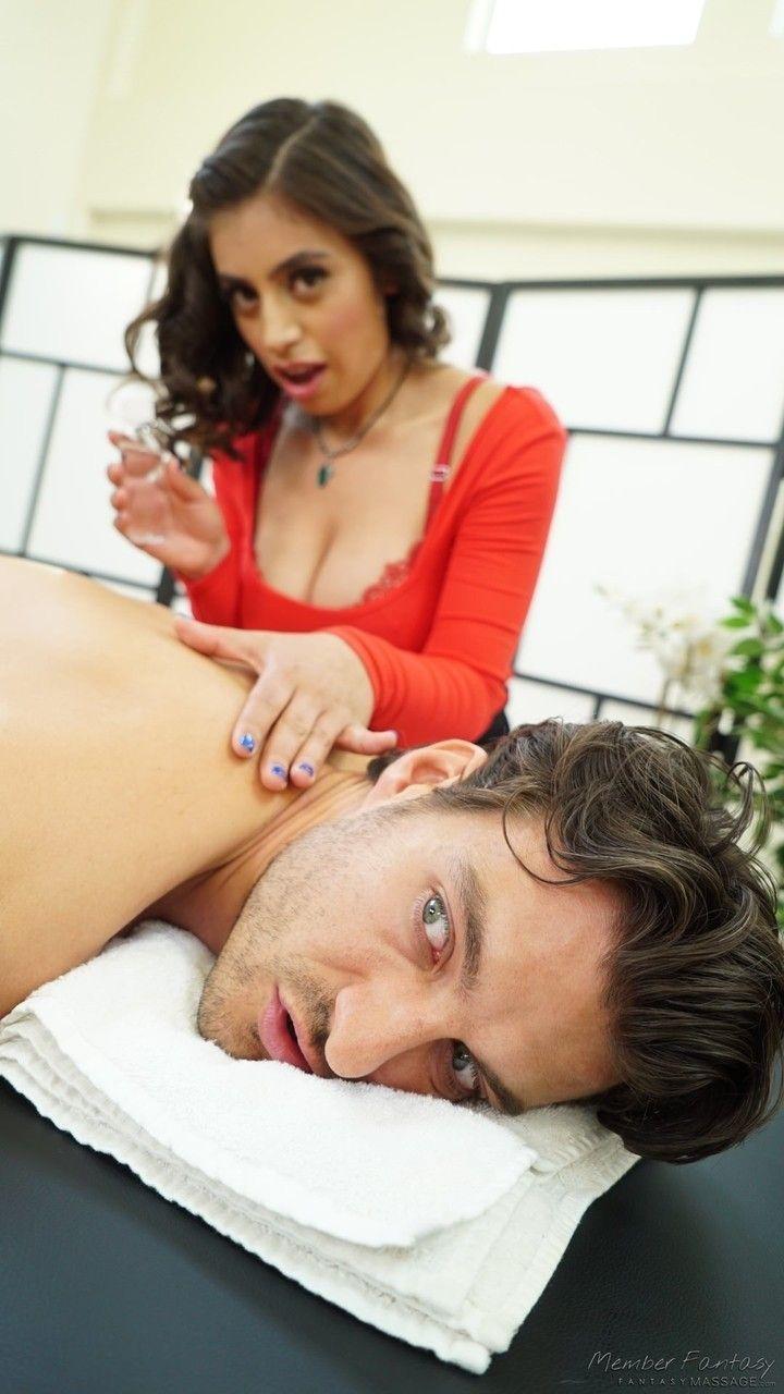 namorada safada peituda e bucetuda fazendo sexo na cozinha 4 - Namorada safada peituda e bucetuda fazendo sexo na cozinha