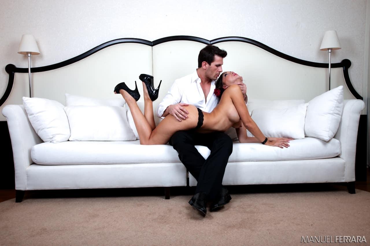 asiatica charmosa com buceta linda fazendo anal em fotos de sexo 2 - Asiática charmosa com buceta linda fazendo anal em fotos de sexo