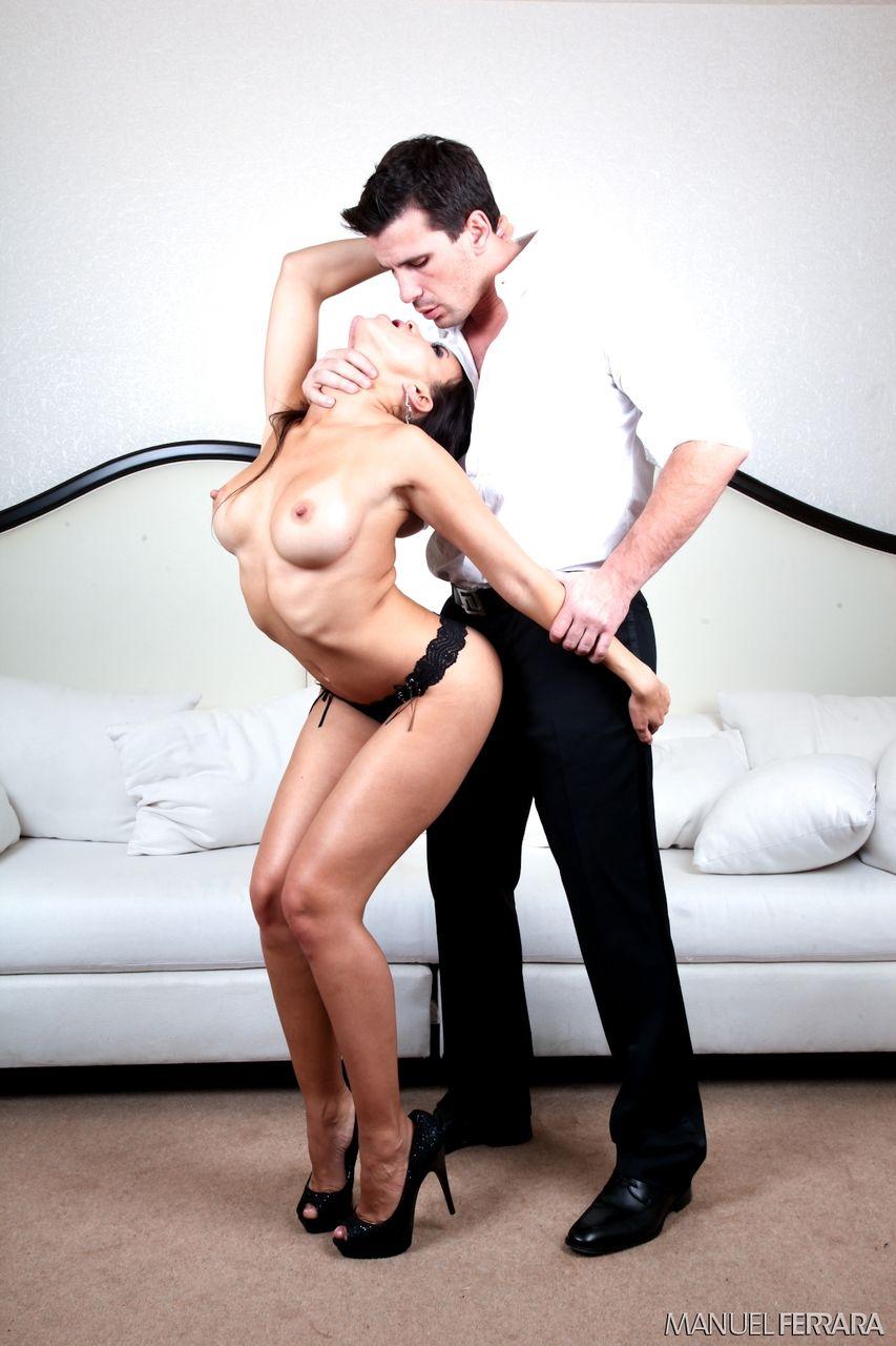 asiatica charmosa com buceta linda fazendo anal em fotos de sexo 5 - Asiática charmosa com buceta linda fazendo anal em fotos de sexo