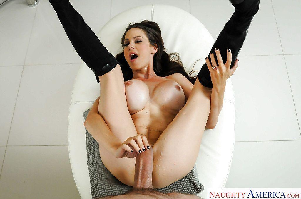 magrinha peituda em fotos de sexo anal gostoso 16 - Magrinha peituda em fotos de sexo anal gostoso