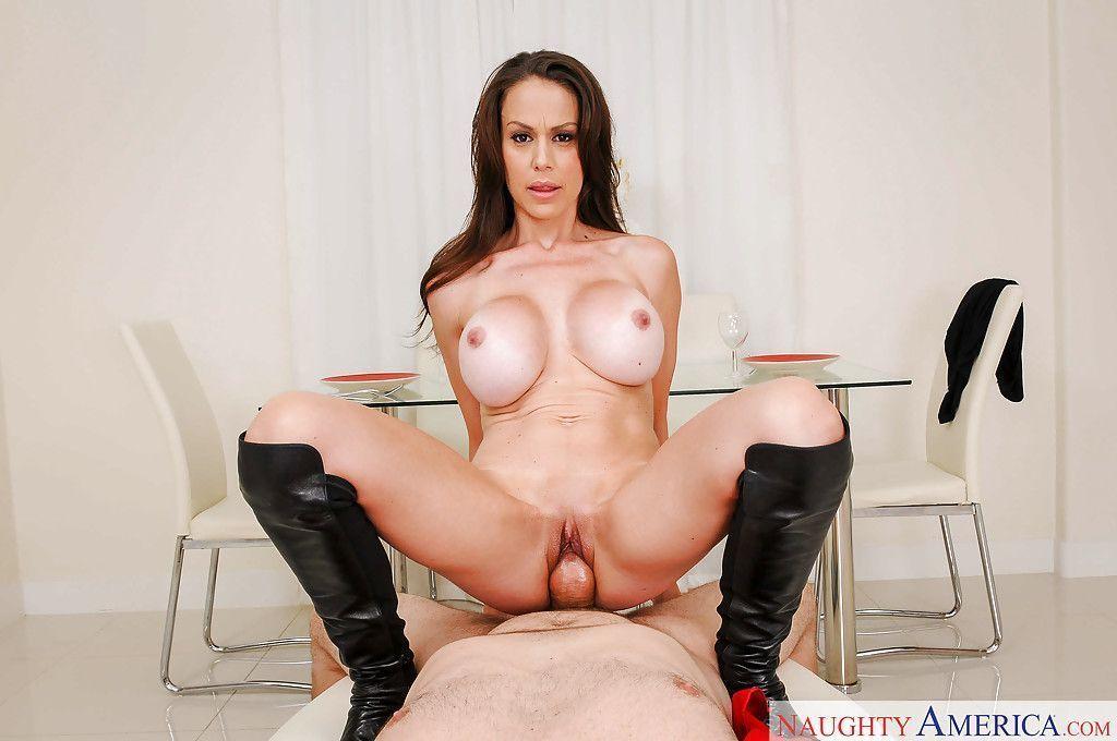 magrinha peituda em fotos de sexo anal gostoso 7 - Magrinha peituda em fotos de sexo anal gostoso