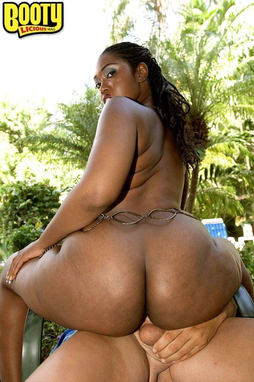 negra pelada mostrando o bundao e fodendo em fotos de sexo 13 - Negra pelada mostrando o bundão e fodendo em fotos de sexo