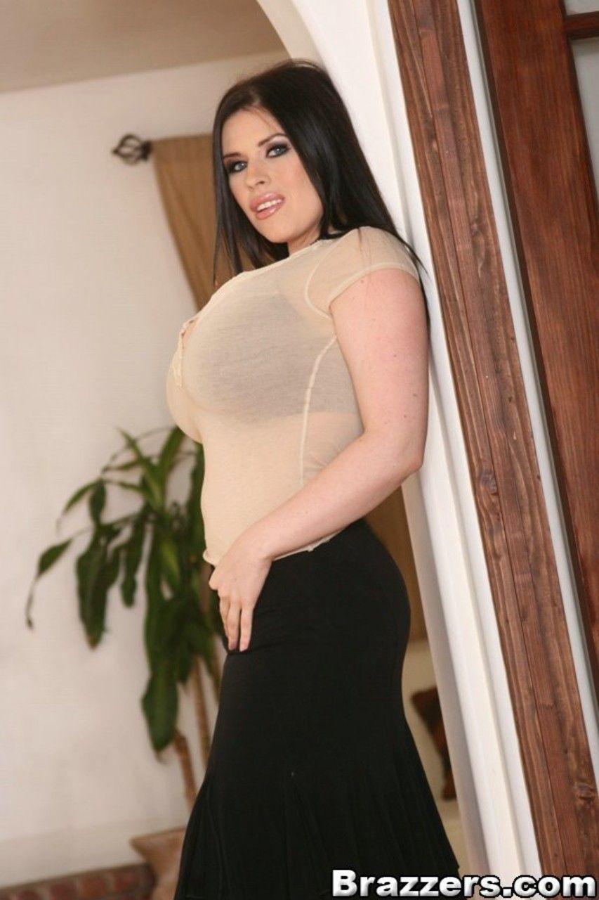 fotos gratis de mulher branca com mega peitoes grandes 1 - Fotos grátis de mulher branca com mega peitões grandes