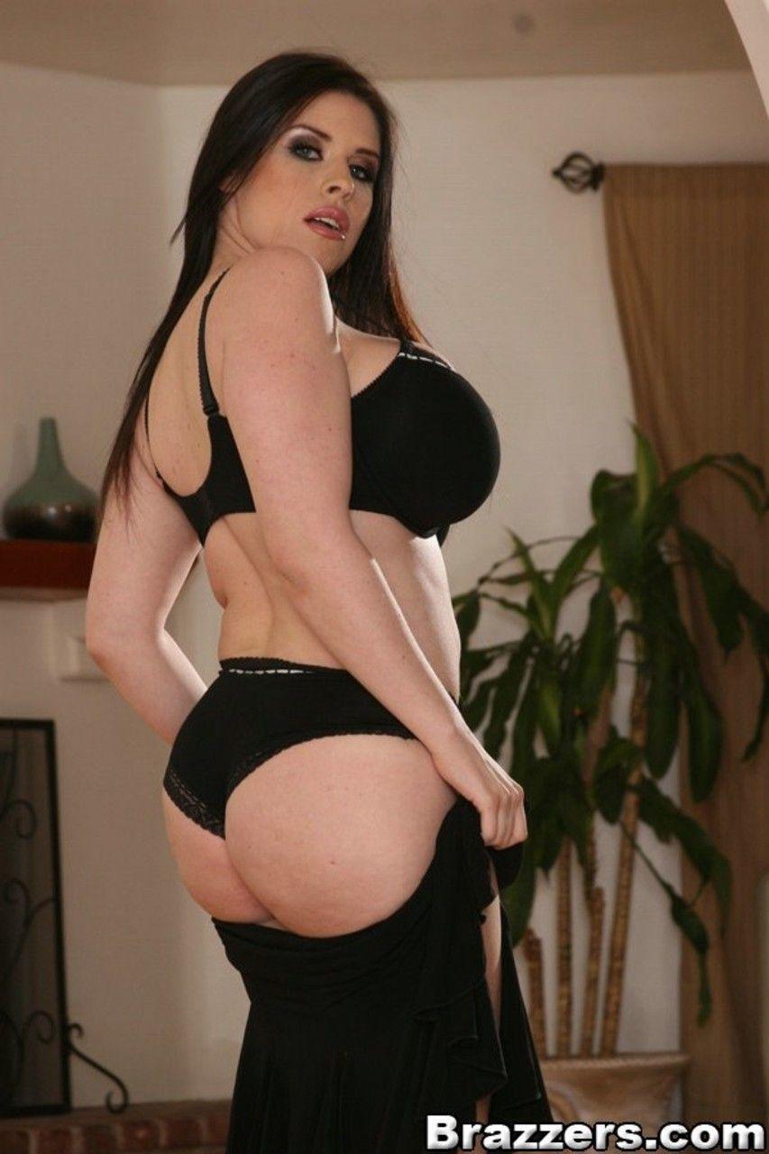 fotos gratis de mulher branca com mega peitoes grandes 5 - Fotos grátis de mulher branca com mega peitões grandes