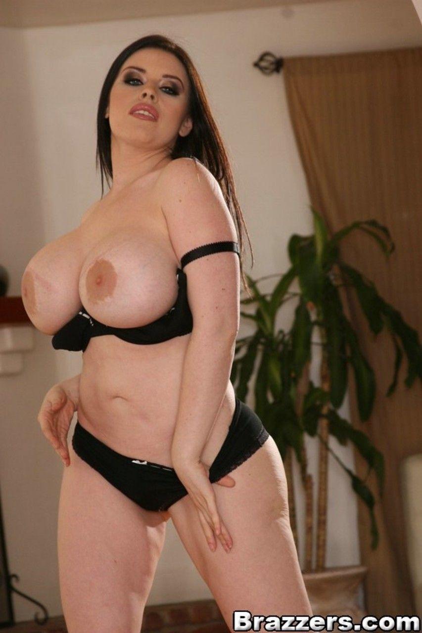 fotos gratis de mulher branca com mega peitoes grandes 7 - Fotos grátis de mulher branca com mega peitões grandes
