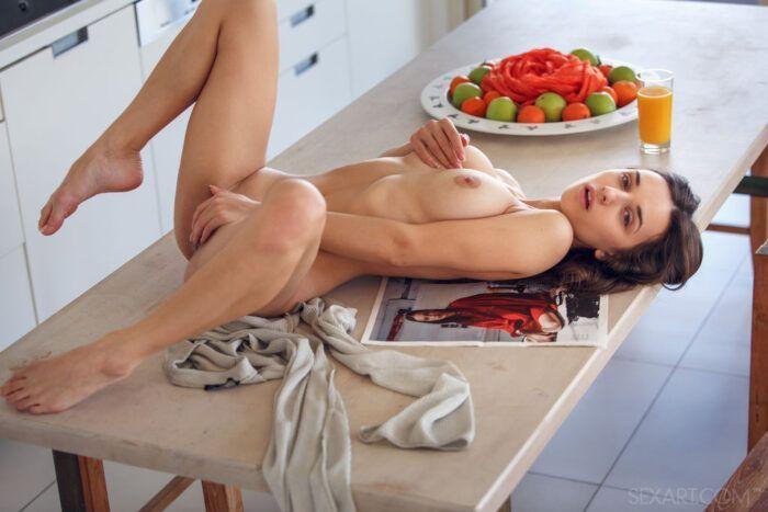 a masturbacao feminina e uma delicia 5 700x467 - A masturbação feminina é uma delícia!