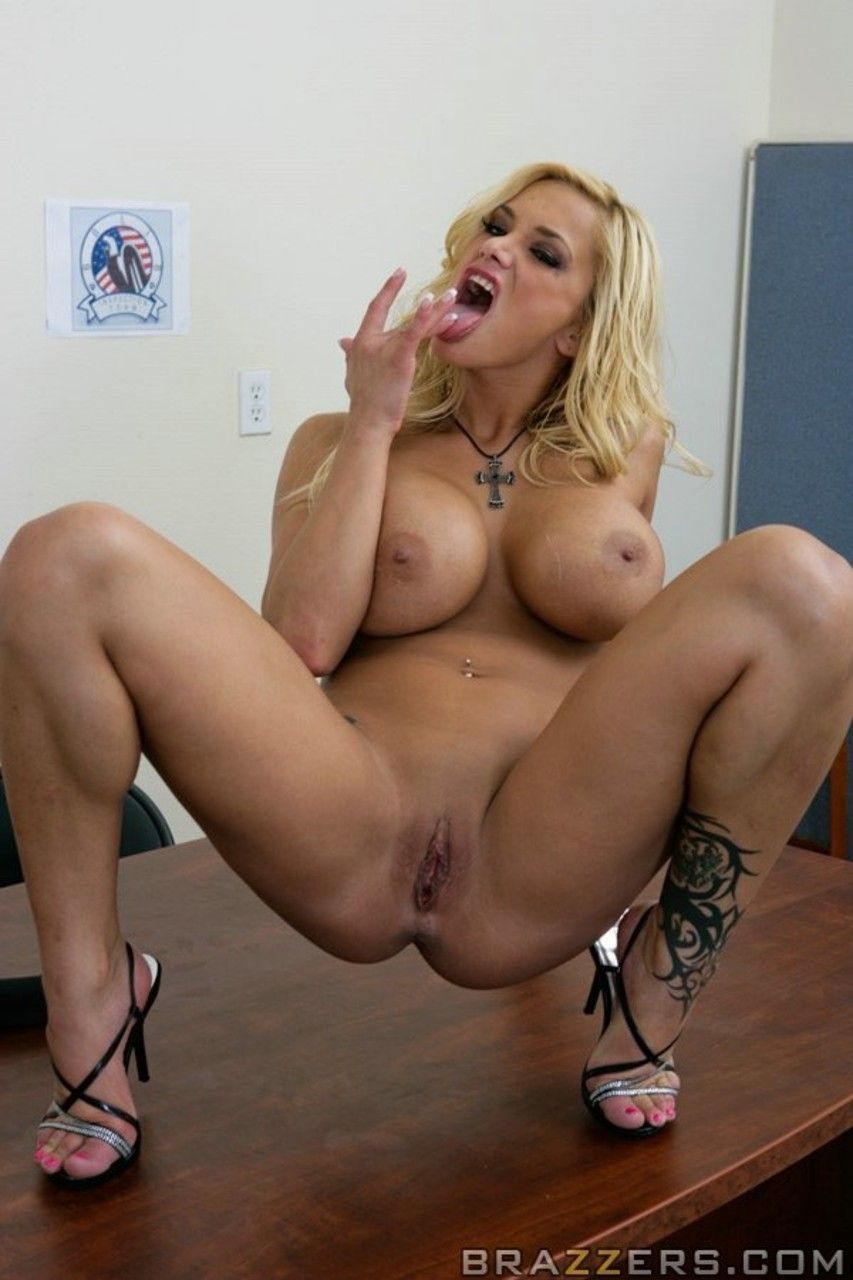 mulher pelada gostosa em fotos quentes de nudez 16 - Mulher pelada gostosa em fotos quentes de nudez