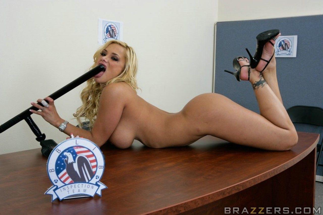 mulher pelada gostosa em fotos quentes de nudez 18 - Mulher pelada gostosa em fotos quentes de nudez