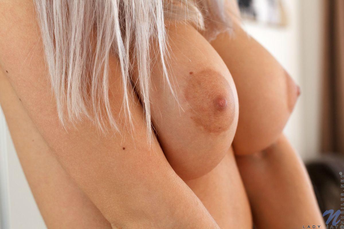 novinha pelada linda se masturbando e se exibindo 3 - Novinha pelada linda se masturbando e se exibindo