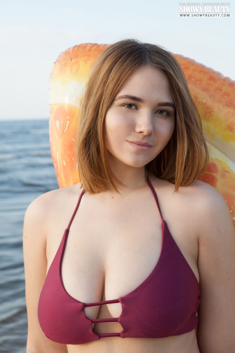 fotos de nudez ao ar livre com novinha peituda 1 - Fotos de nudez ao ar livre com novinha peituda
