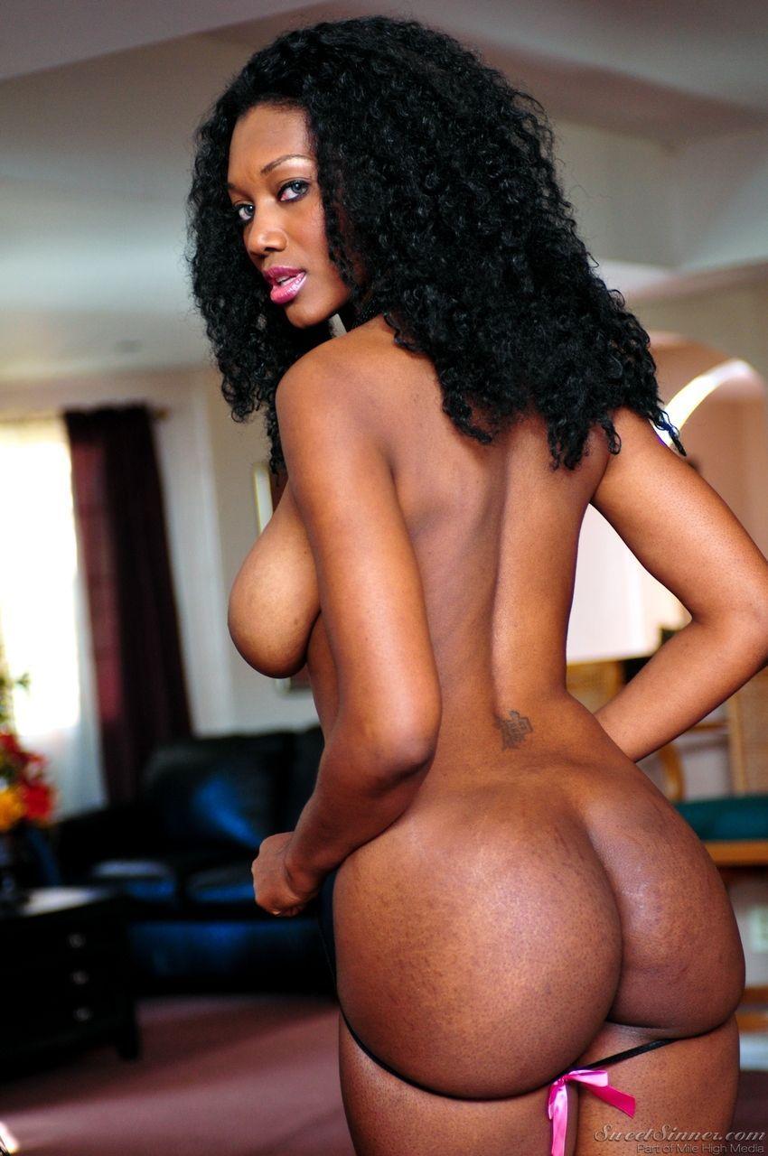 mulher negra gostosa pelada mostrando os peitos e a buceta 7 - Mulher negra gostosa pelada mostrando os peitos e a buceta