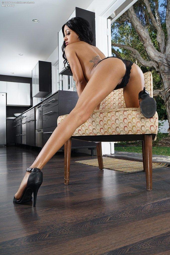 fotos mulher negra bucetuda pelada cheia de tesao 6 - Fotos mulher negra bucetuda pelada cheia de tesão