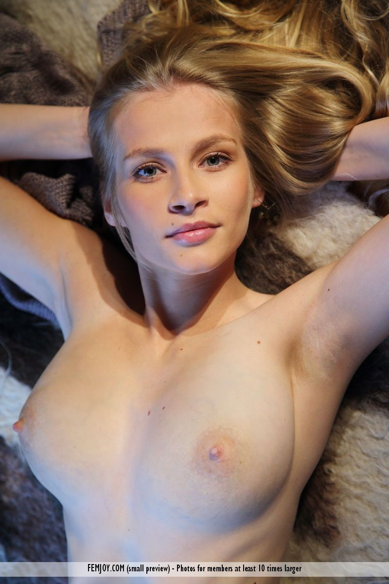 fotos quentes hd loirinha pelada se exibindo 11 - Fotos quentes HD loirinha pelada se exibindo