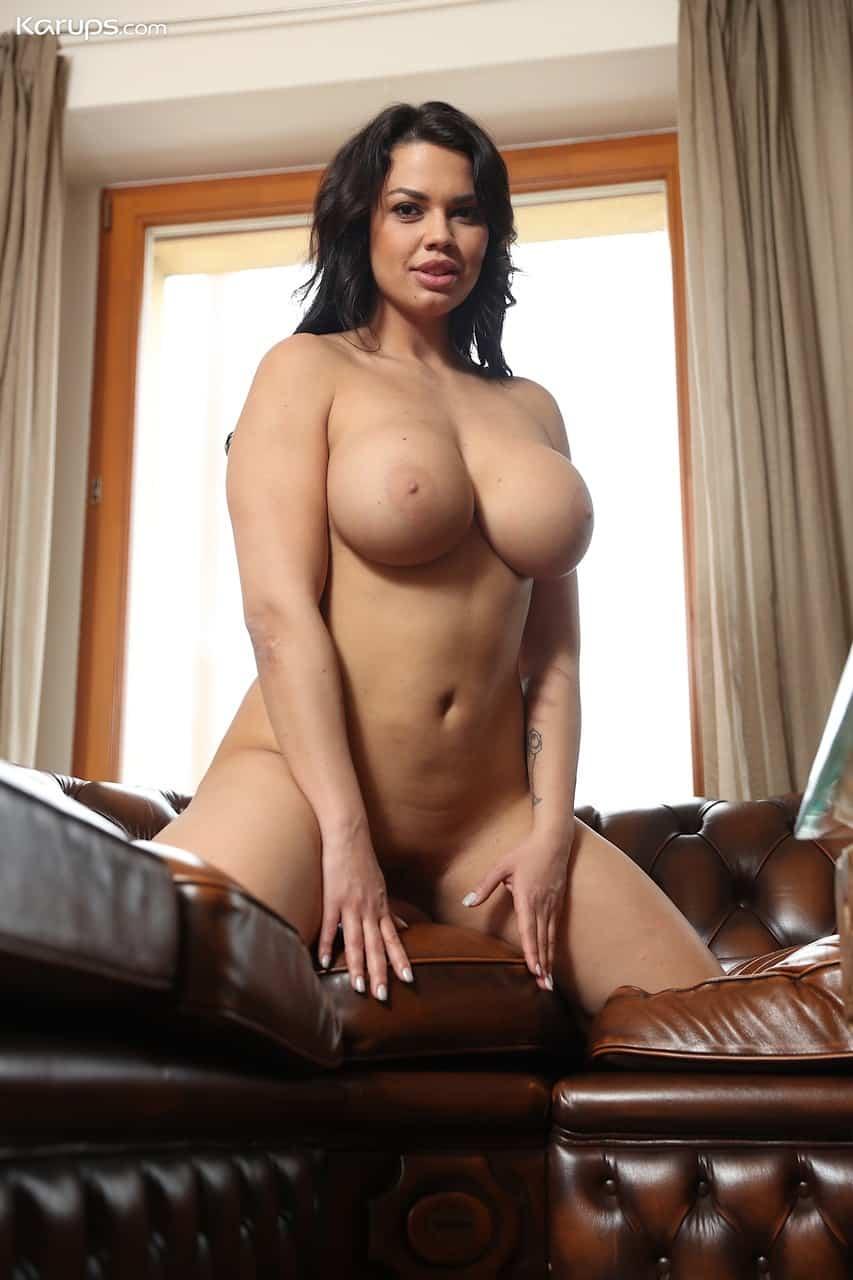 mulher pelada gostosa com peitoes grandes e buceta lisa 16 - Mulher pelada gostosa com peitões grandes e buceta lisa